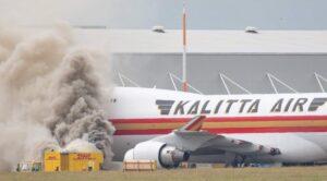 Kargo Uçağının Yanında Güç Ünitesi Yandı