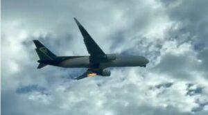 Video – Kargo Uçağının Motorundan Alevler Çıktı