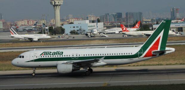 Alitalia Seferlerini Durduruyor