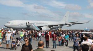 ingiliz Tanker Uçağından Dünya Turu