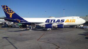 Boeing 747 Tipi Yolcu Uçağı Pistten Çıktı
