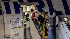 THY Uçağı Afgan Mültecileri Taşıdı