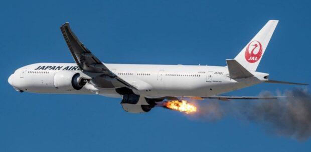Yolcu Uçağının Kalkışında Motoru Yandı